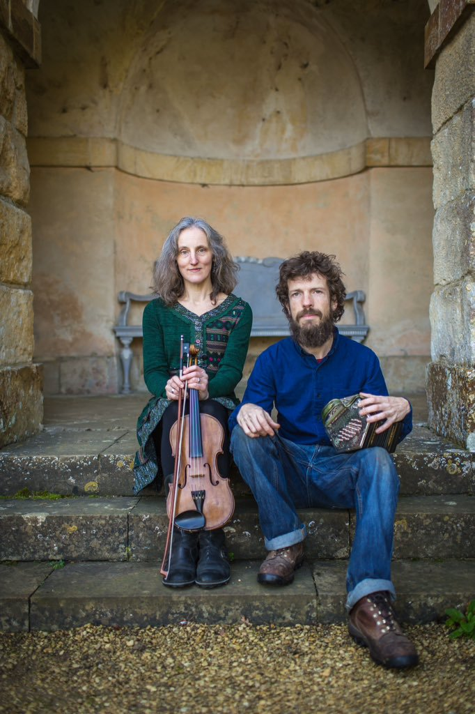 Wod are Jane Griffiths (fiddle) and Jim Penny (anglo-concertina).